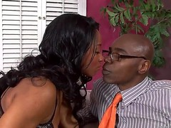 Super sexy Ebony lady Imani Rose in beautiful lingerie is pure beauty! She is perfect and Sean Michaels can not resist her charms! Babe looks so gently and gracefully.
